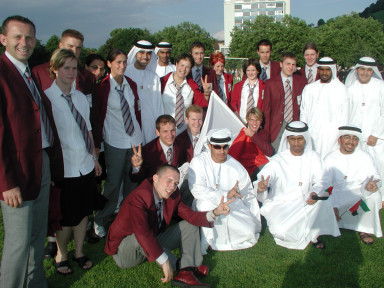 Mannschaft-mit-Araber